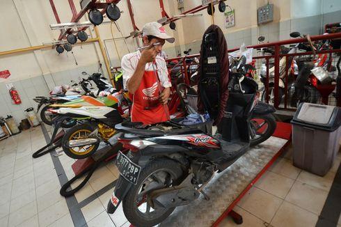 Servis Motor Honda Dapat Diskon 30 Persen di AHASS