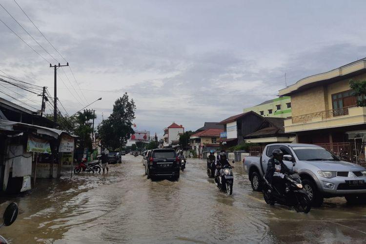Banjir di sejumlah daerah di Samarinda