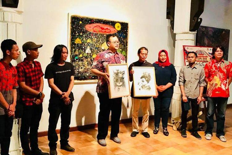 Pameran seni rupa Tong Edan di Bentara Budaya Jakarta