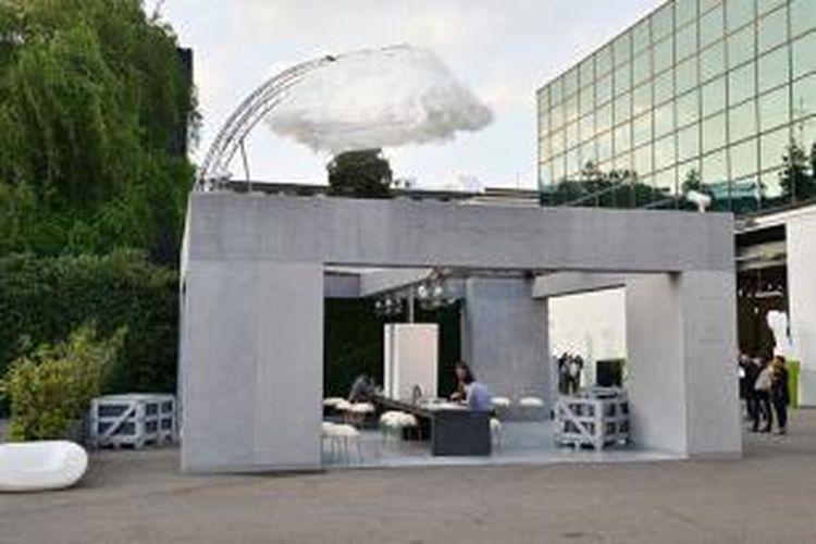 Tampilan Rainhouse System yang ada di Milan bulan lalu. Menurut Direktur Kreatif IVANKA Katalin Ivanka, sistem penyaring air hujan ini bisa diintegrasikan di semua bangunan.