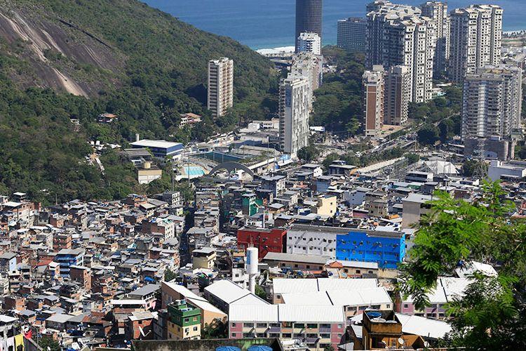 Ilustrasi permukiman padat penduduk.