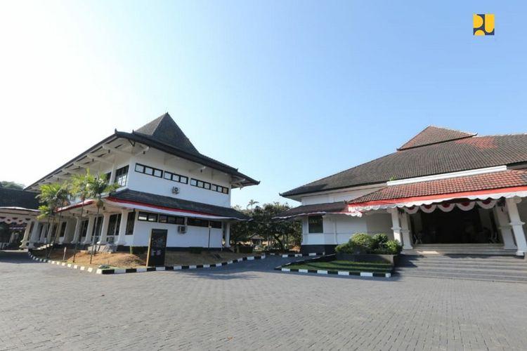 Politeknik PU di Semarang.