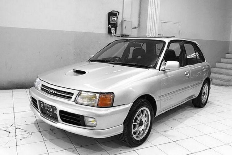 Ilustrasi Toyota Starlet Kapsul