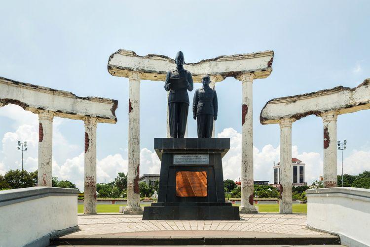 Monumen Tugu Pahlawan, Itinerary Weekend di Surabaya via shutterstock