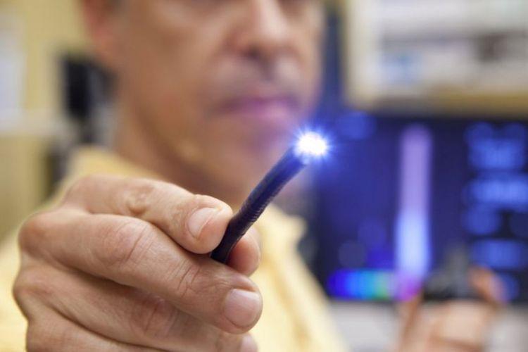 Perangkat ini dirancang untuk membantu para dokter yang selama ini menggunakan endoskopi untuk melihat langsung keadaan tubuh manusia selama pemeriksaan internal.