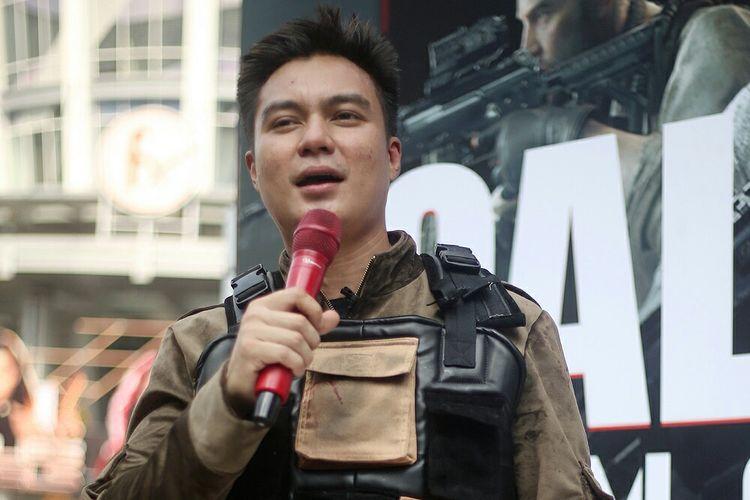 Artis peran Baim Wong usai bikin prank di kawasan Sudirman, Jakarta Pusat, Minggu (24/11/2019).  Dok. Garena