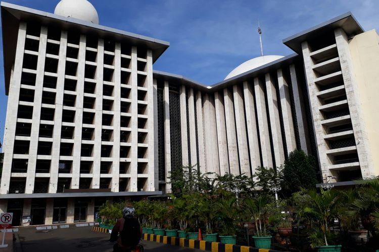 Suasana Masjid Istiqlal di Sawah Besar, Jakarta Pusat di hari pencoblosan Pilkada DKI 2017, Rabu (19/4/2017)