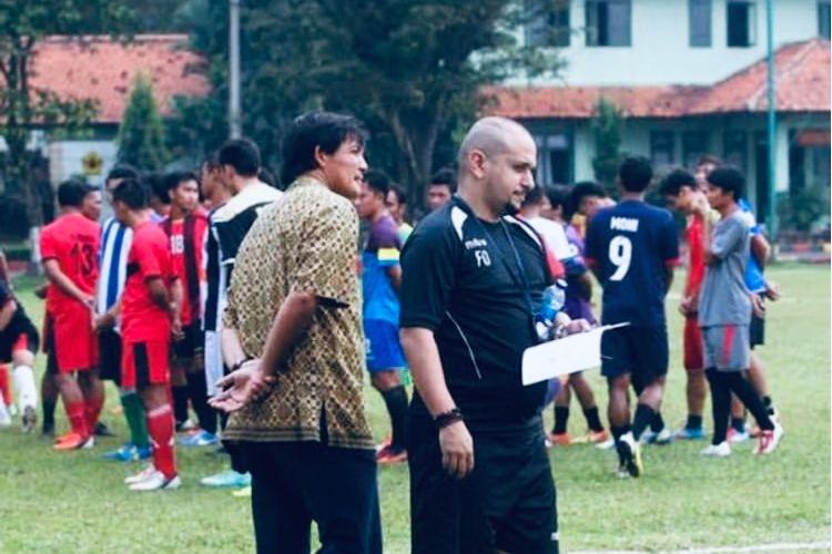 Fabio oliveira dan Ricky Yacobi pernah terlibat dalam scouting pemain.