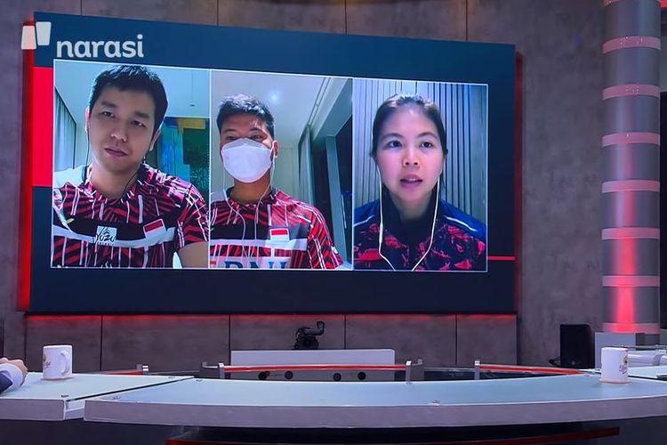 Greysia Polii (kanan) berterima kasih atas semua dukungan kepada dirinya dan rekan-rekan yang dipaksa mengundurkan dari All England 2021. Namun, ia mengingatkan agar netizen Indonesia juga terarah dalam berkomentar.