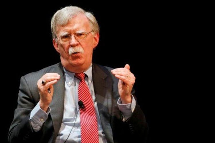Bolton membantah buku karyanya memuat informasi rahasia, seperti disebutkan Departemen Kehakiman AS.