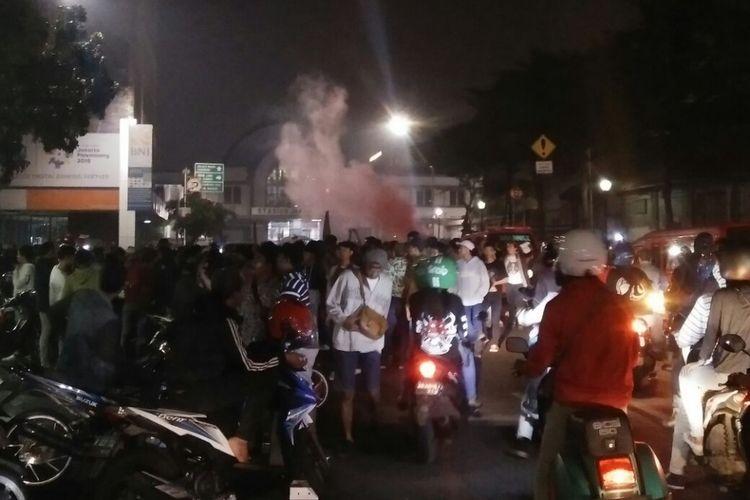 Peserta sahur on the road berkumpul memadati jalanan di kawasan Kota Tua, Jakarta Pusat, Minggu (3/6/2018) sekitar pukul 02.30 WIB.