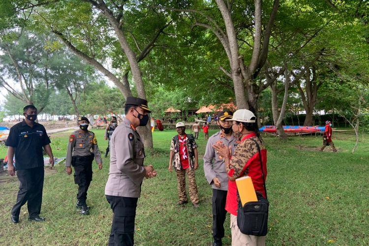 Kabid Humas Polda Lampung, Kombes Zahwani Pandra Arsyad mengimbau wisatawan untuk tetap mematuhi protokol kesehatan saat berwisata. (FOTO: Dok. Humas Polda Lampung)
