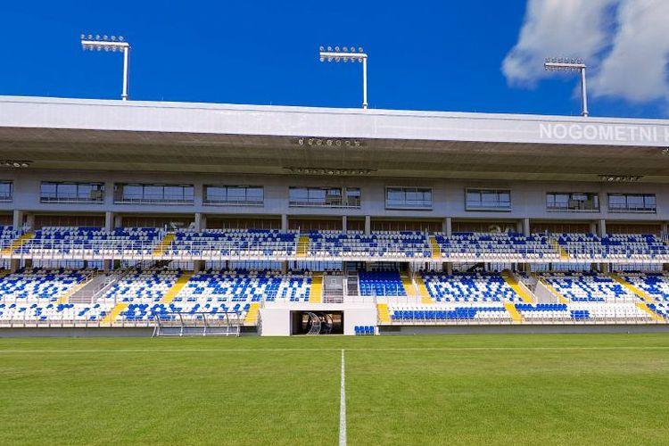 Stadion SRC Hrvatskih Vitezova, markas NK Dugopolje.