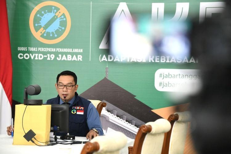 Gubernur Jawa Barat Ridwan Kamil, saat membuka Rapat Koordinasi Daerah (Rakorda) Baznas dan Lembaga Amil Zakat (LAZ) se-Jabar 2020 secara virtual, di Gedung Pakuan, Kota Bandung, Senin (13/7/2020).