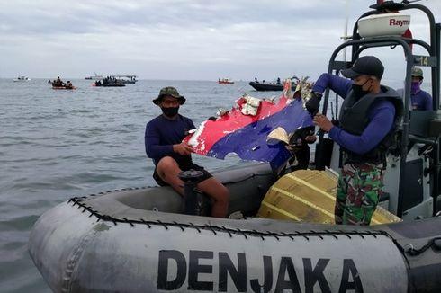 Tim SAR Temukan Serpihan Mesin dan Hidrolik Kabin Pesawat Sriwijaya Air