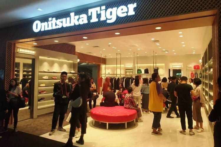 Onitsuka Tiger membuak toko baru di Plaza Indonesia