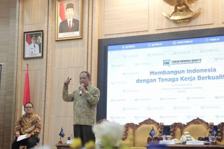 Menristekdikti pada Diskusi Forum Merdeka Barat 9 di Banten (6/12/2018).