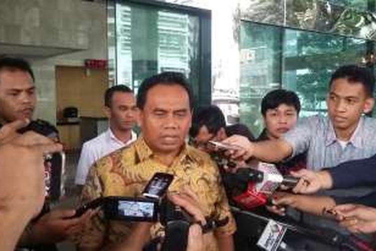 Sekretaris Daerah DKI Jakarta Saefullah di Gedung KPK, Jakarta, Rabu (27/4/2016).