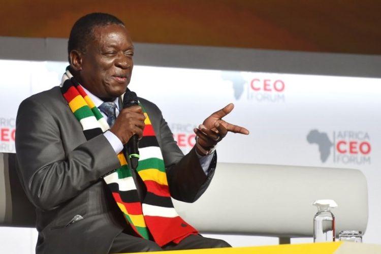 Presiden Zimbabwe Emmerson Mnangagwa, menghadiri Forum CEO Afrika pada 27 Maret 2018 di Abidjan. (AFP/Sia Kambou)