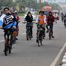 Rawan Senggolan, Mobil dan Motor Harus Waspada Saat Bertemu Rombongan Sepeda