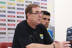 Pelatih Persib Bandung: Hati-hati Main di Media Sosial