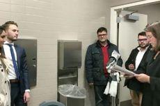 Ibu Sakit, Pasangan di New Jersey Menikah di Toilet