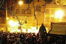 Massa Bakar Kedutaan Saudi di Iran