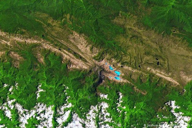 Kondisi gletser Carstenz sesuai citra satelit yang dibuat NASA pada 1988