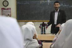 Guru di Iran Gunakan Robot untuk Mengajar Agama