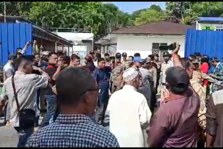 Aksi Demo pembangunan Gereja Katolik Paroki Santo Joseph di Kabupaten Karimun, Kepulauan Riau (Kapri) beberapa waktu lalu.