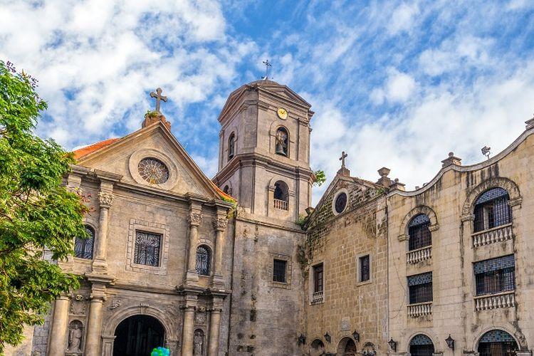 Ilustrasi Filipina - Gereja San Augustin.