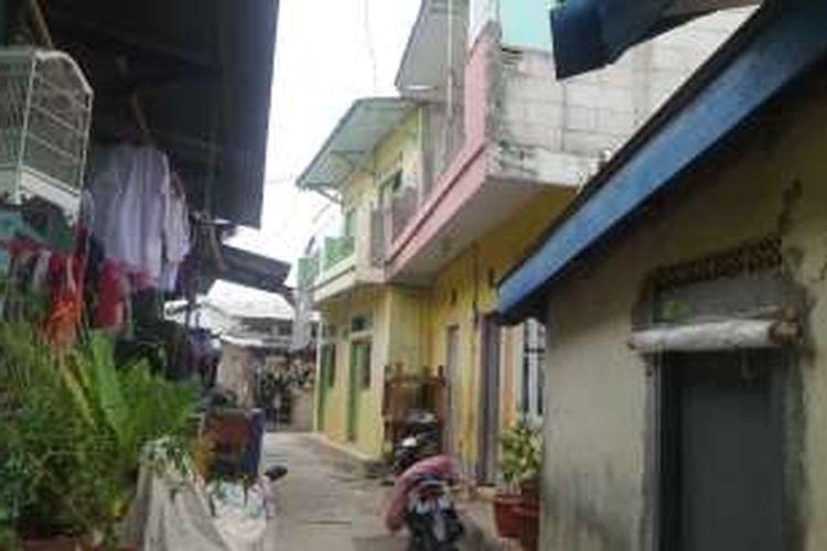 Kampung deret di RT 12/4 Kelurahan Cilincing, Jakarta Utara. Kampung ini dibangun pada saat Joko Widodo menjabat sebagai Gubernur DKI, Selasa (4/10/2016)