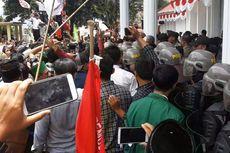 Aksi Tolak Tambang Emas di Takengon Diwarnai Aksi Saling Dorong dengan Polisi
