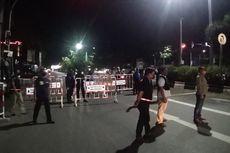 Hari Pertama PSBB di Banjarmasin, Warga Keluyuran Saat Jam Malam dan Satpol Bawa Rotan Saat Patroli