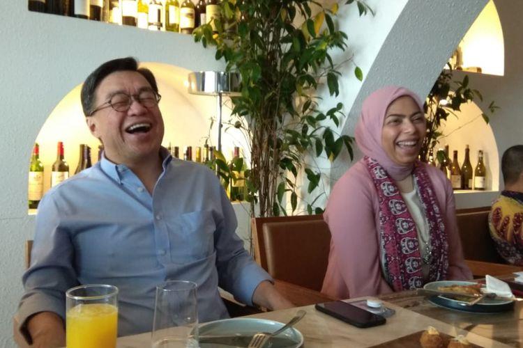 Dirut BTPN Jerry Ng dan Direktur Kepatuhan dan Manajemen Risiko BTPN Anika Faisal
