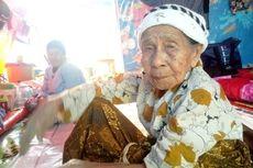 Nenek Berusia 120 Tahun Harus Jalani Sisa Hidupnya di Tenda Darurat