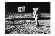 Teori Konspirasi Sebut Manusia Tak Pernah Mendarat di Bulan, Bagaimana Sains Membantahnya?