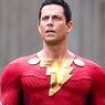 Kostum Baru Shazam 2 Diungkap, Penampilan Zachary Levi Jauh Berbeda