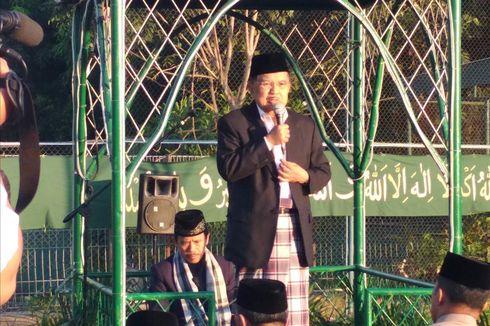 Shalat Id di Makassar, Wapres Kalla Teringat Masa Muda