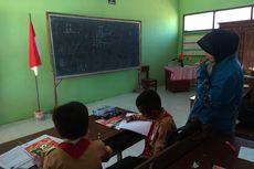 Siswa SD Rusak Papan Tulis, Kepala Sekolah Mengaku Perbaiki Sendiri