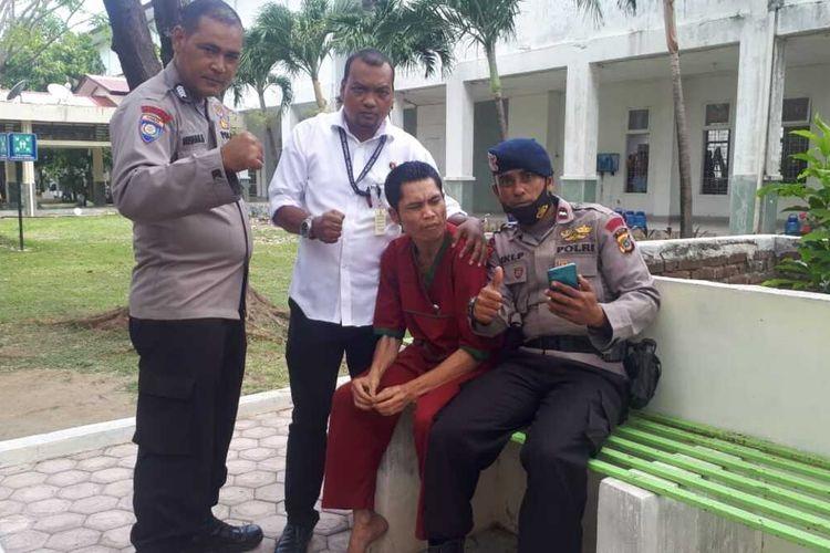 Seorang pasien RSJ di Banda Aceh diduga anggota polisi bernama Asep yang hilang saat tsunami di Aceh pada 2004 lalu.