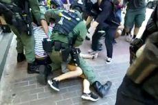 Video Ungkap Polisi Hong Kong Bekuk Gadis 12 Tahun ke Tanah