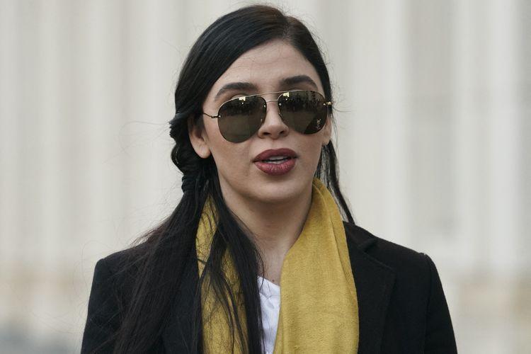 Emma Coronel Aispuro istri dari bandar narkoba ternama dunia, Joaquin Guzman alias El Chapo, ketika meninggalkan Pengadilan Federal Amerika Serikat di Brooklyn, New York, pada 4 Februari 2019.