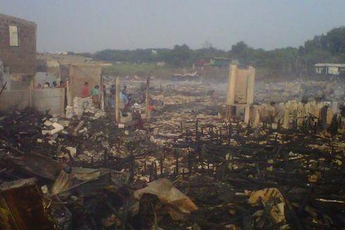 Puluhan Korban Kebakaran Kali Sunter Alami Gangguan ISPA