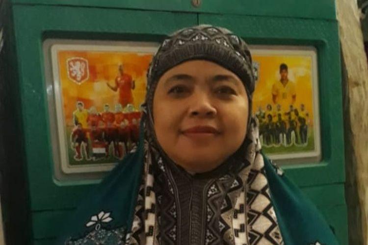 Nurmiyanti (43) tukang pijat keliling asal Jl S Parman, Kecamatan Benteng, Kabupaten Kepulauan Selayar, Sulawesi Selatan.