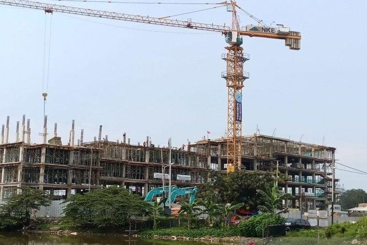 Proyek pembangunan Kampung Susun Akuarium, Jakarta Utara, Jumat (16/4/2021).