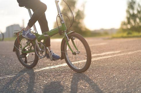 Tetap Beroperasi Selama PSBB, Kurir Sepeda di Jakarta Ikuti Protap Covid-19