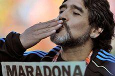 Baru 3 Bulan Melatih, Maradona Mundur dari Klub Argentina