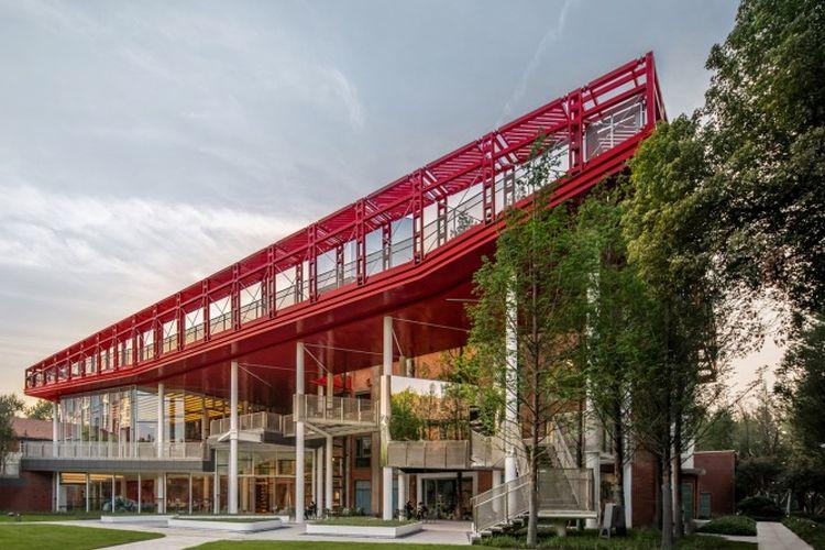 Asrama Wuhan Iron and Steel Corporation (WISCO) yang berlokasi di Wuhan, China dirancang dengan gaya arsitek Rusia di masa 70 tahun lalu.
