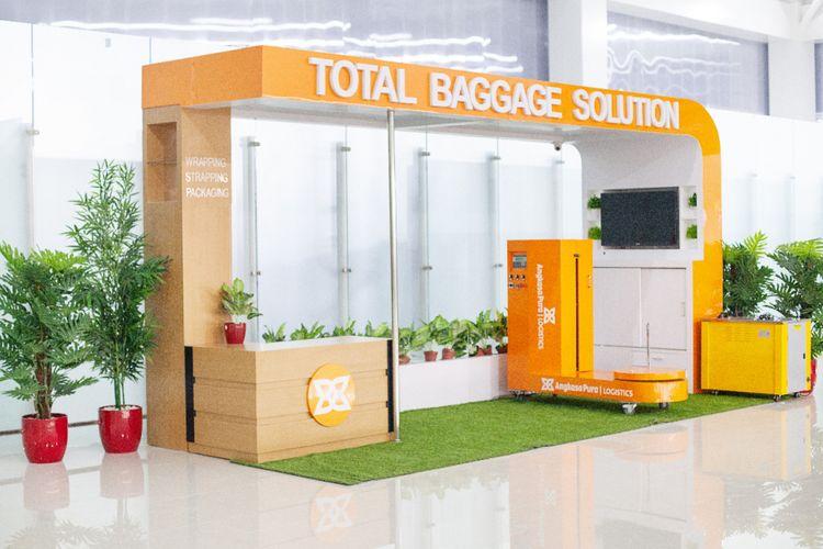 Area bagage wrapping di terminal baru Bandara Ahmad Yani Semarang, Kamis (7/6/2018)